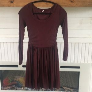 Old navy maroon skater dress. Great for maternity